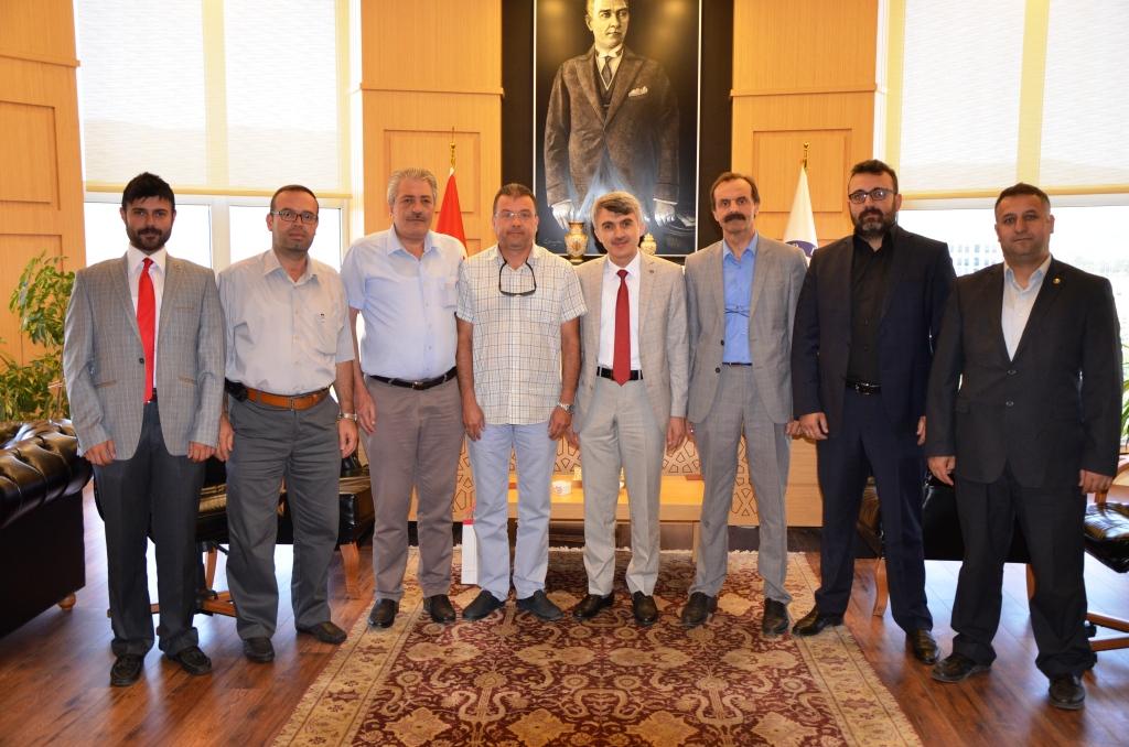 Kütahya Dumlupınar Üniversitesi Rektörü Prof. Dr. Kazım UYSAL'a Ziyaret
